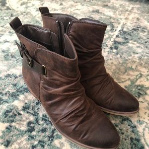 Bare traps ankle boot